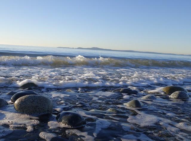 Joyful wave