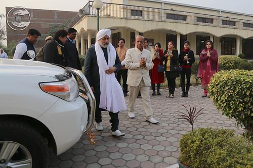Arrival of His Holiness at Satsang Bhawan