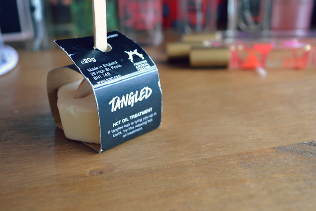 lush tangled hair oil