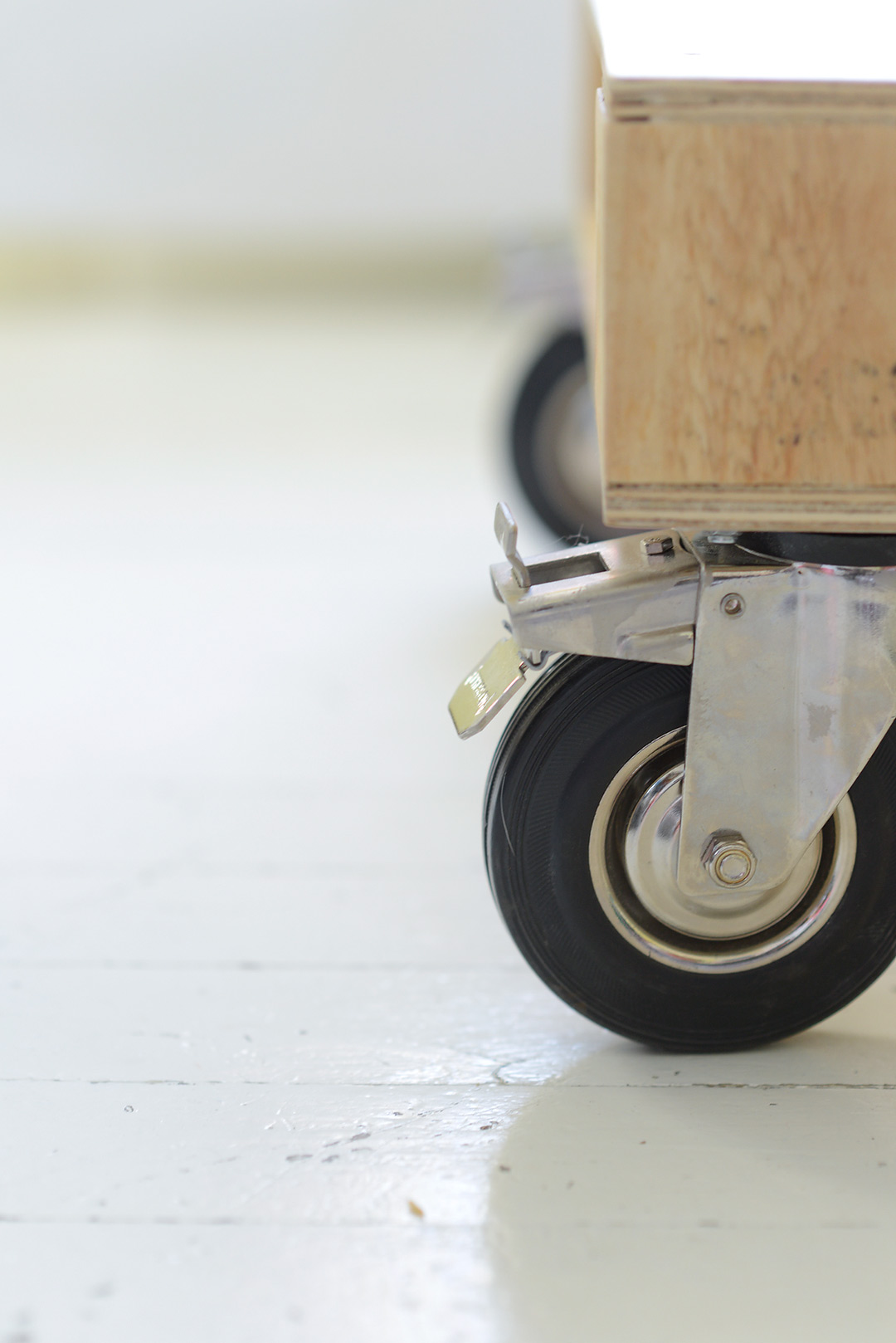 Pallet on casters