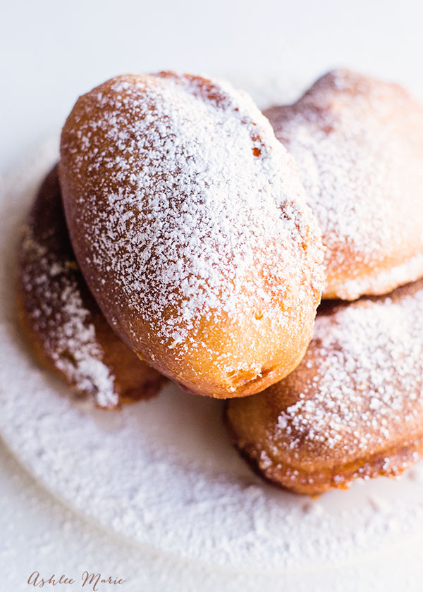 a fried twinkie is a warm treat with a gooey center, it's delicious and one everyone loves