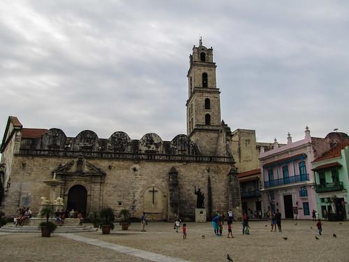 La Havane: la Place St François d'Assise