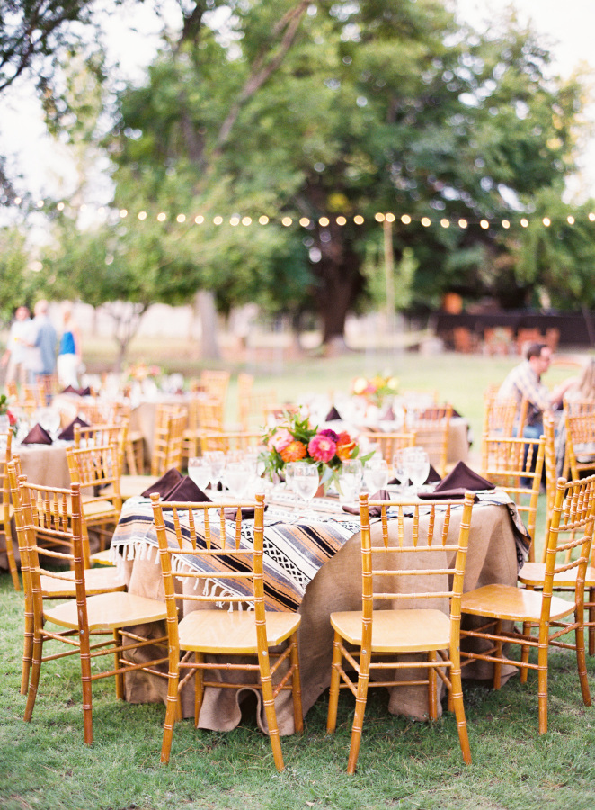 Wedding Table setting | Rustic wedding in Texas