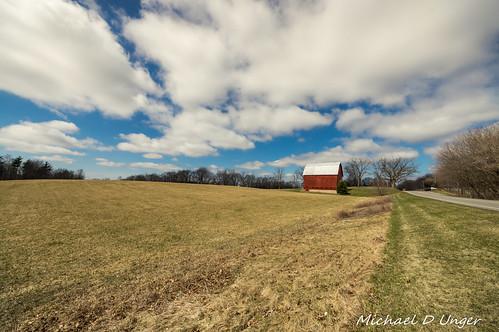 barn landscape outdoors unitedstates pentax michigan farm caledonia k3 ultrawideangle lenstagger sigma816 da60250f4