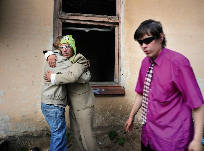 戰鬥民族沈浸在性與毒品中的青春紀實:嗨皮就好25