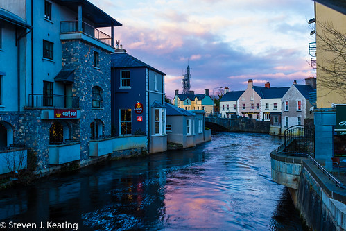 street city bridge blue ireland wet water river landscape evening spring cafe shops ennis waterways countyclare