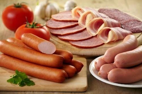 không nên ăn gì trong 3 tháng đầu mang thai p2 - Thịt đã qua chế biến