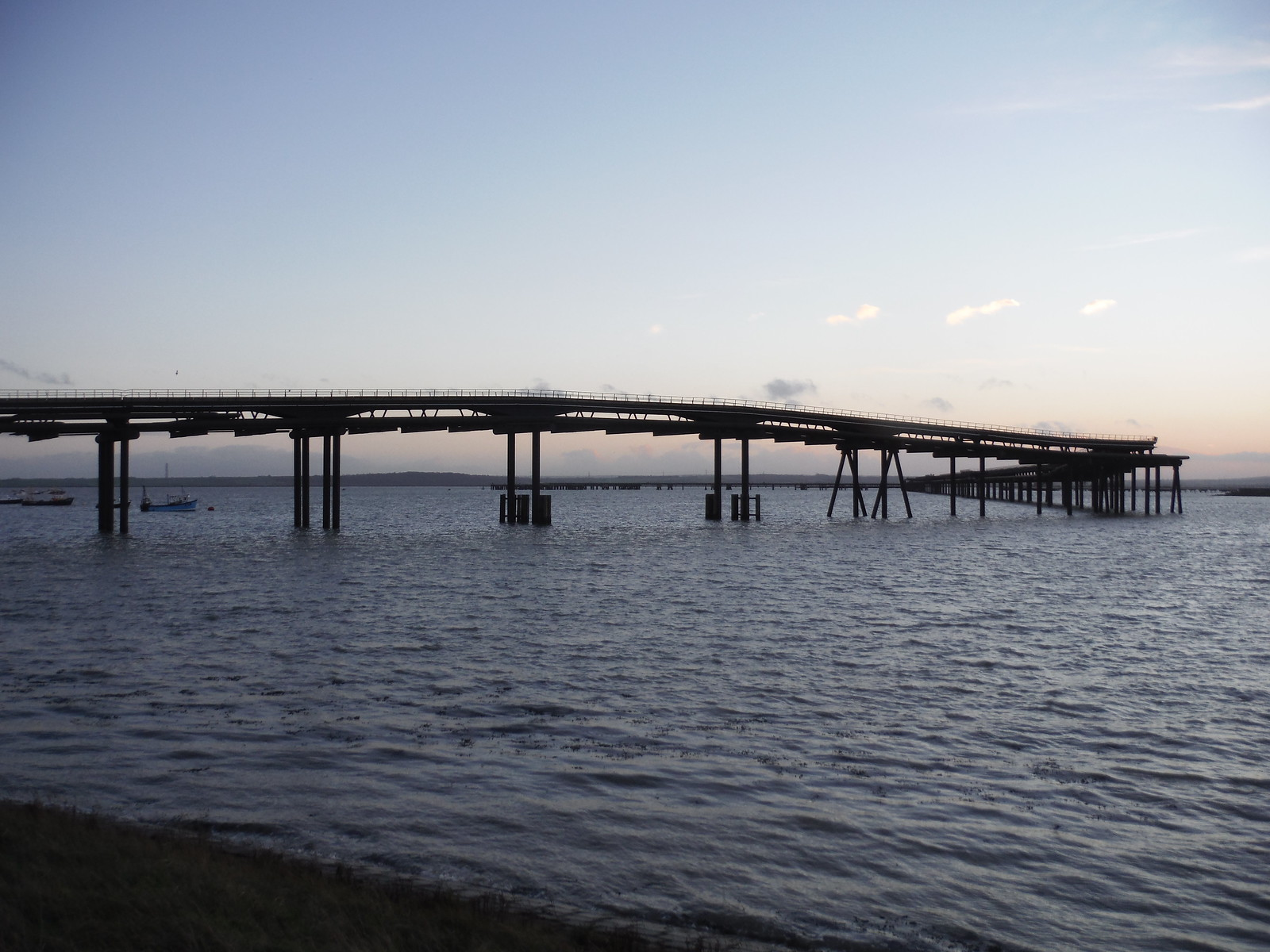 the mile-long jetty...Canvey Island SWC Walk 258 Benfleet Circular (via Canvey Island)