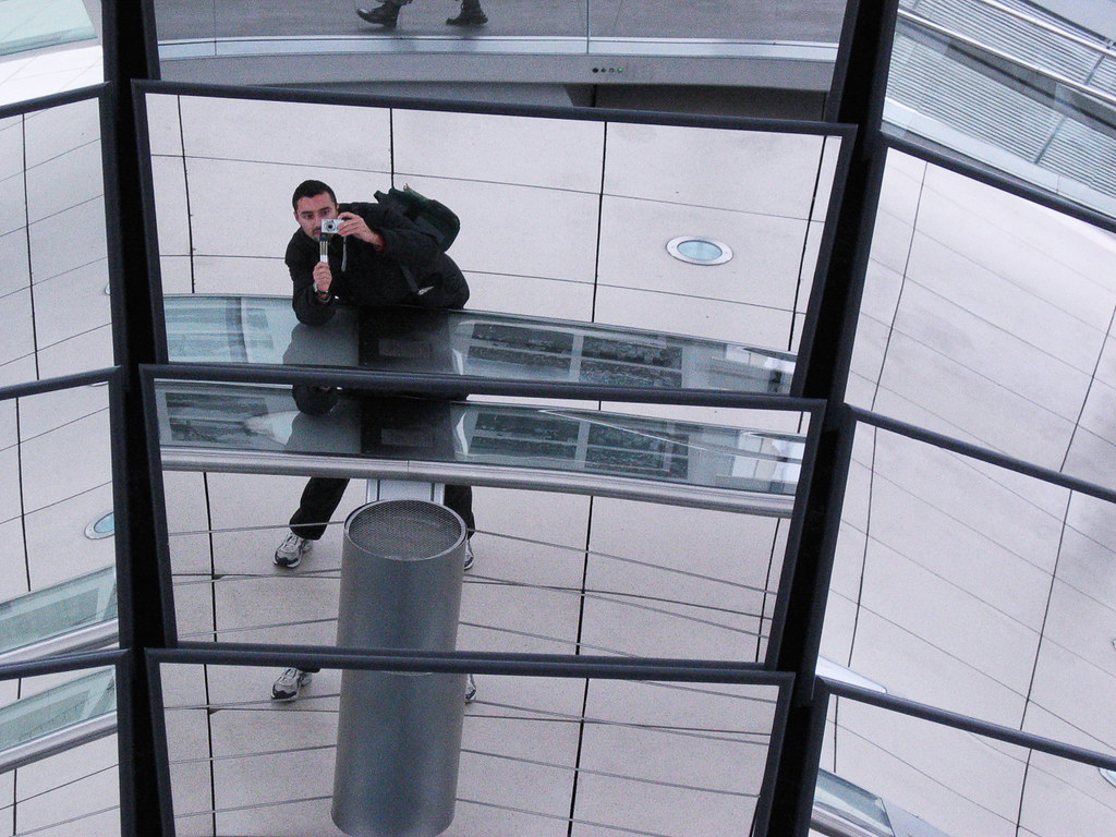 Selfie  in the mirror [Reichstag]