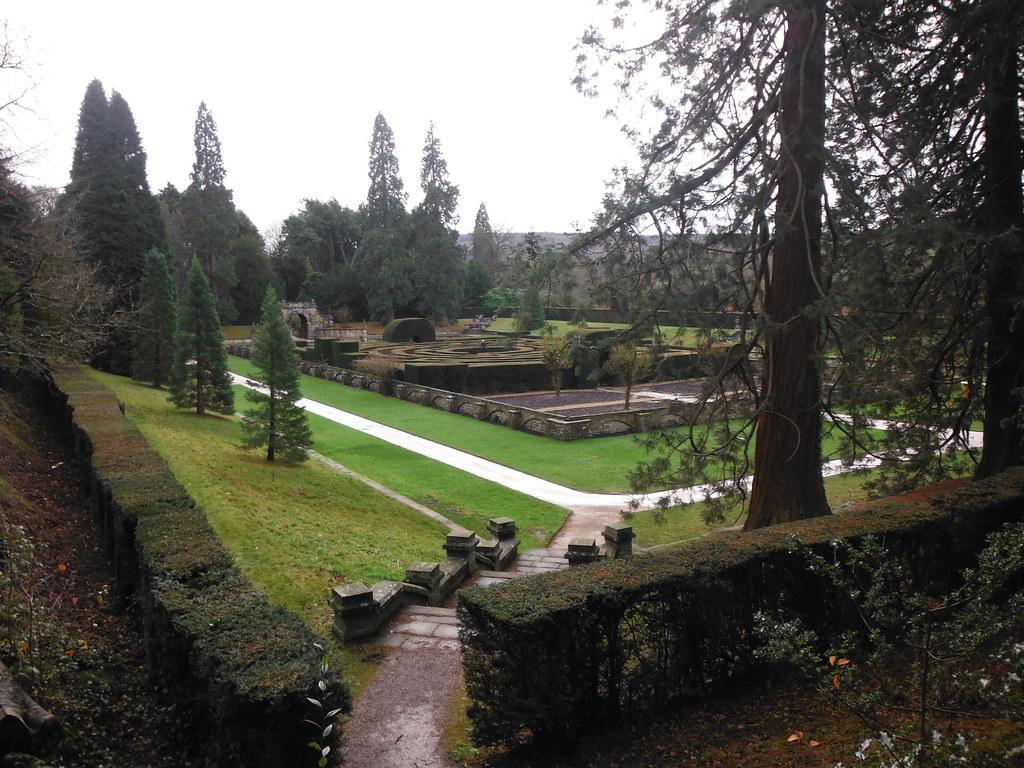 Chatsworth House Maze 1