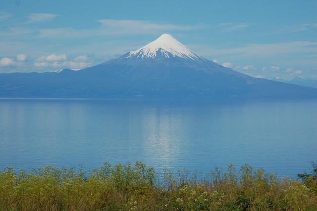 Volcán Osorno over Lago Llanquihue, Llanquihue, Chile