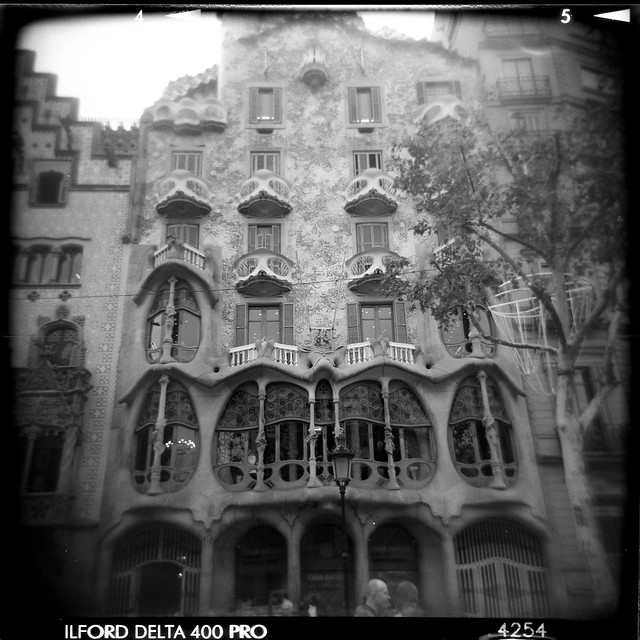 Barcelona - Block of Discord-5