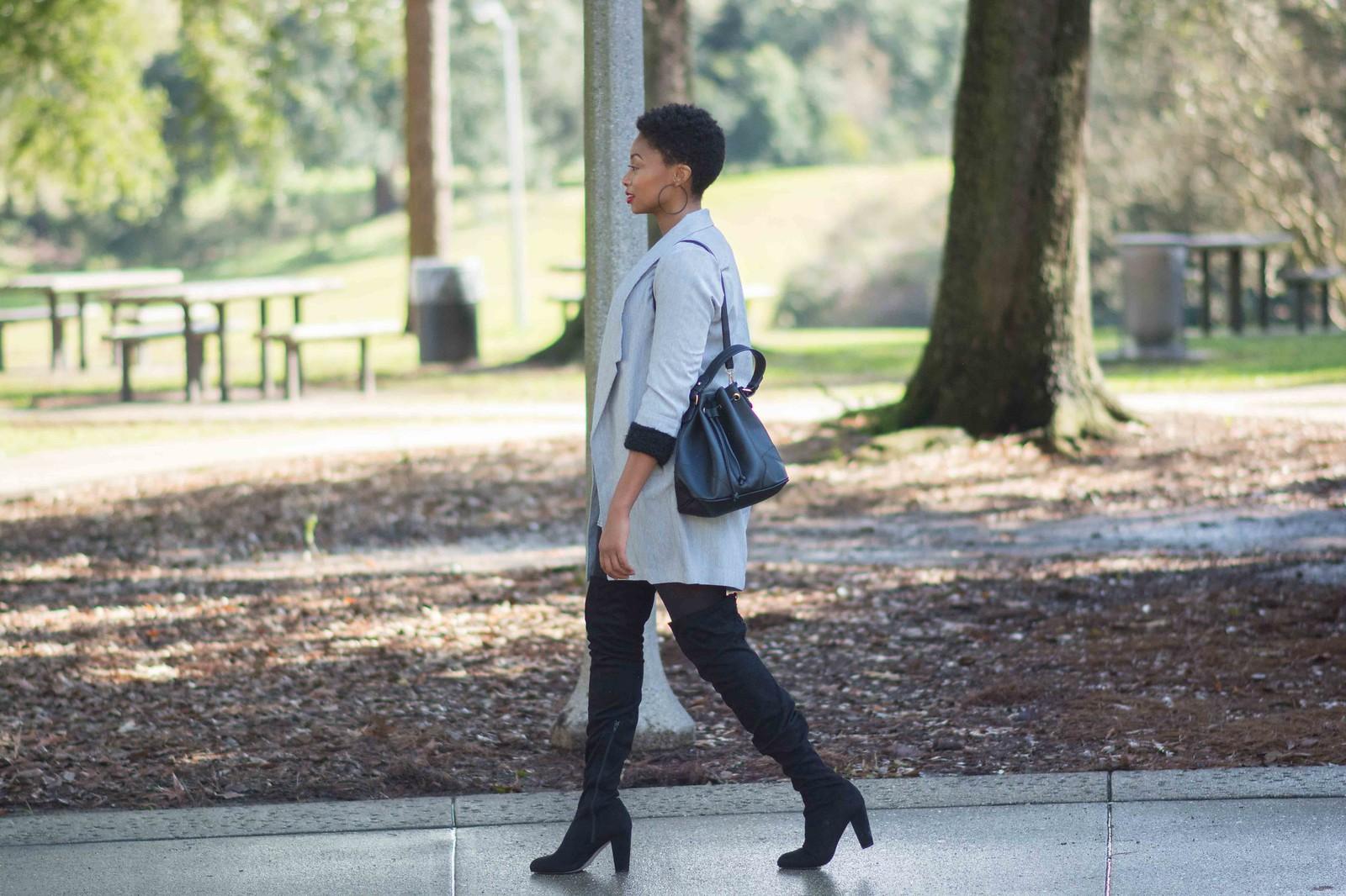 louisiana fashion blogger leather bucket bag