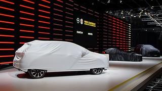 Opel Stand Geneva Motor Show: Noch verhüllt