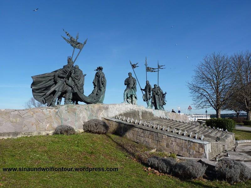 Das Nibelungenlied dargestellt, an der Donaulände in Tulln