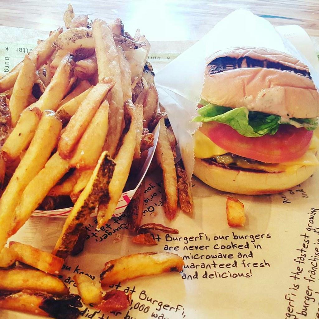Yummy yum yum. 🍟🍔😊