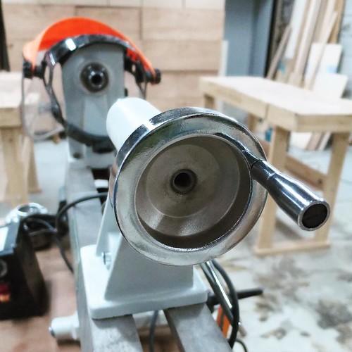 木工系は地下1階木工旋盤の機械 #makersbase