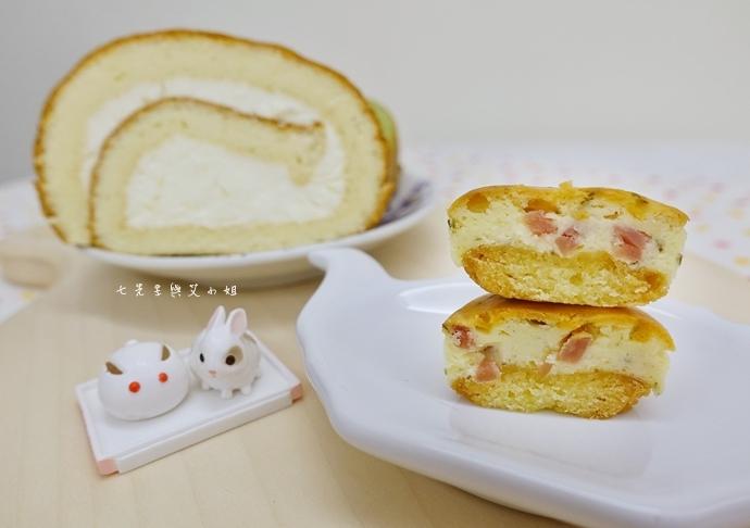 11 老胡賣點心 蜂蜜抹茶蛋糕捲 蜂蜜蛋糕捲 一口乳酪球 火腿乳酪球 一口巧克力