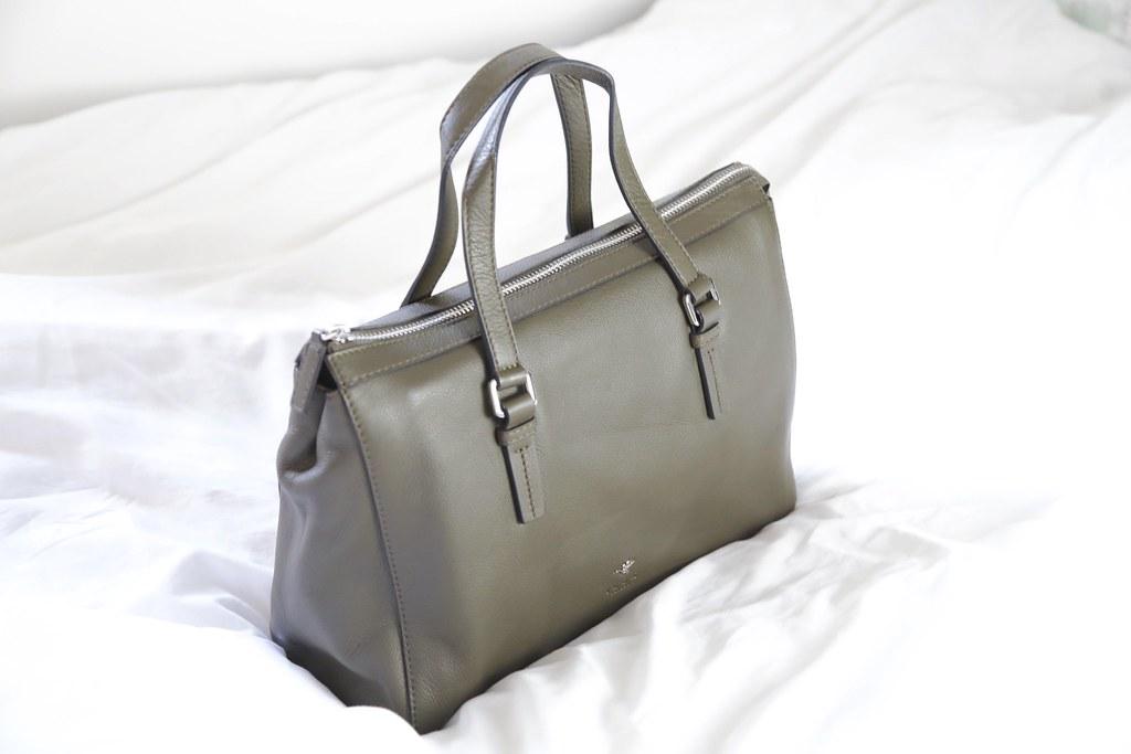 ilexlondonshoulderbag, khakibag, leatherhandbag,