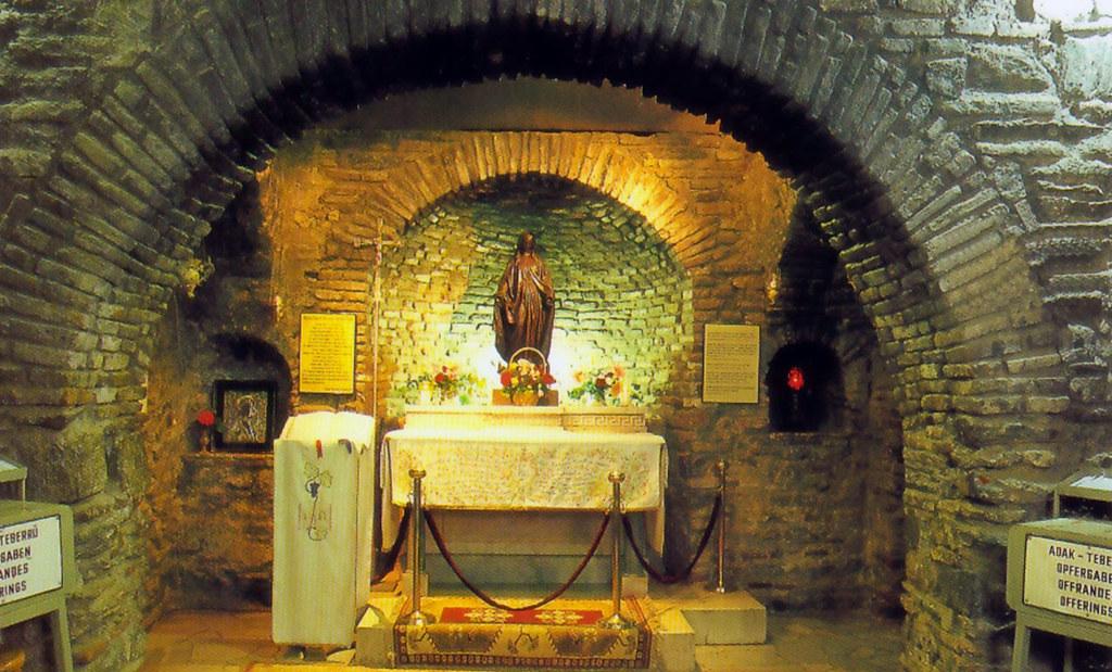 Casa de la Virgen María en Turquía casa de la virgen maría en Éfeso, turquía - 23580035409 f019e7d1df b - Casa de la Virgen María en Éfeso, Turquía