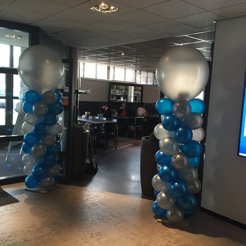 Ballonpilaar Breed Rond Opening Healthcity Amstelveen