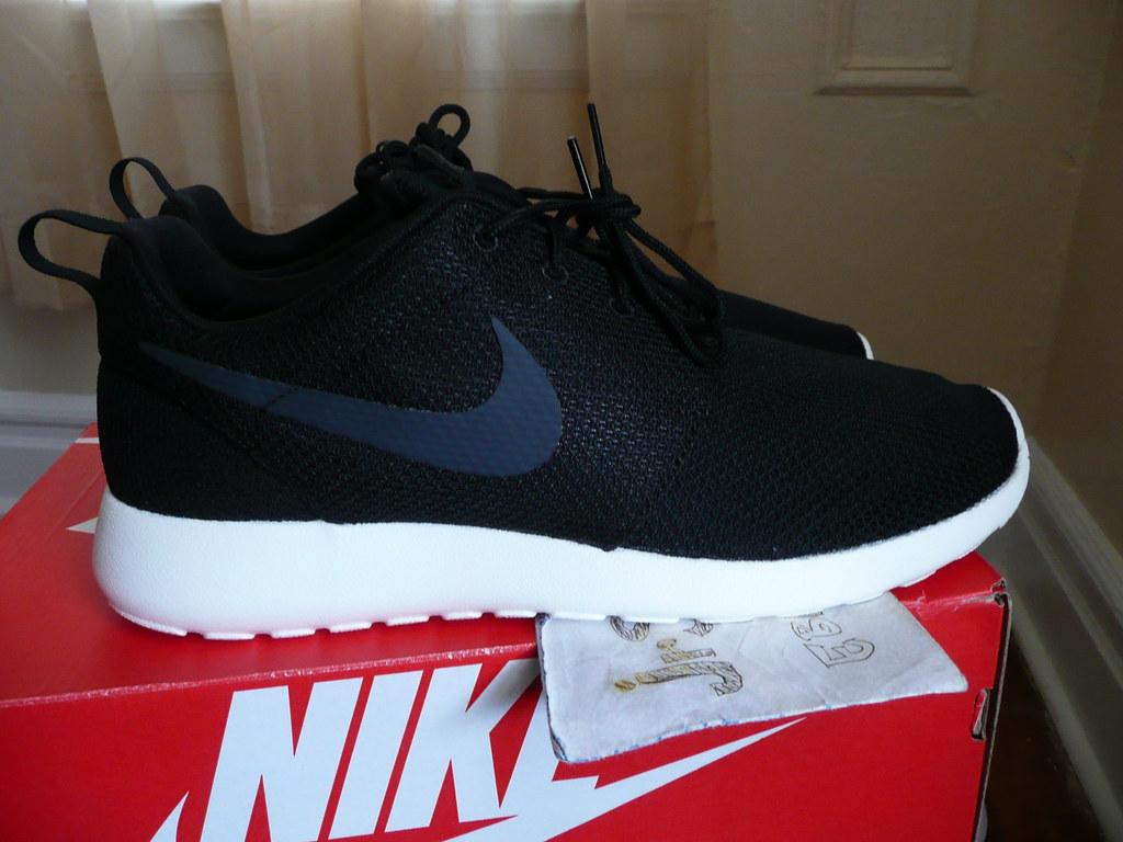 a72eb05bf8307 ... Nike Roshe One Black Anthracite-Sail Size 11 MEN 511881-010 (2015