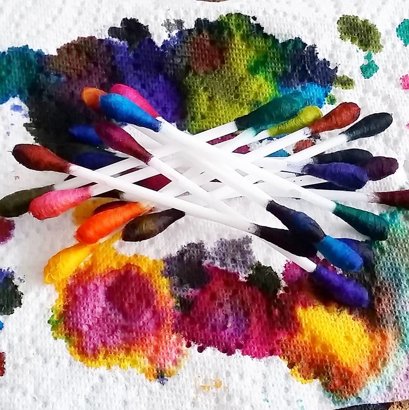 Q-typical abstract art #qtips #inkophile #inksampler #colorcoordination #inkspill #inksperiment #fountainpeninks #Fpgeeks #FPN #fountainpennetwork #ink #inked #inkygoodness