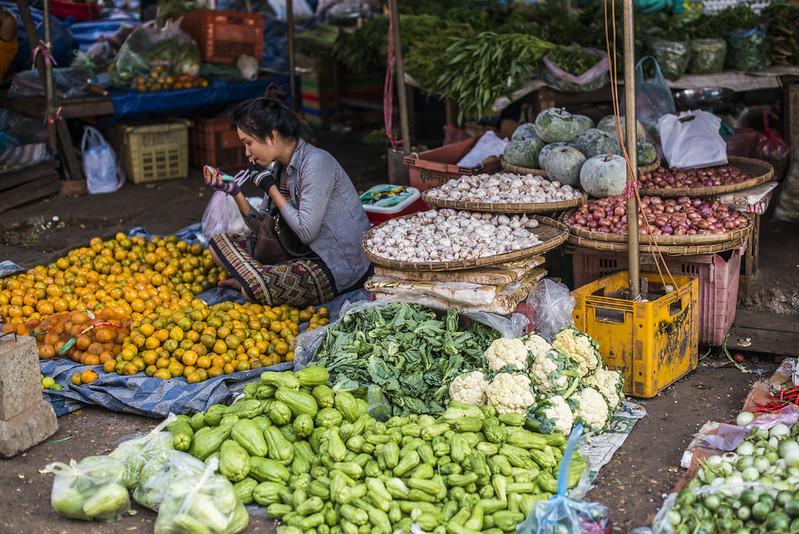 Paksé Market