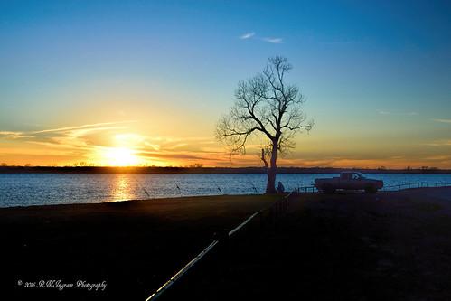 sunset nightfishing nikonphotography justnightfishing southernpastime lakefishingatnight