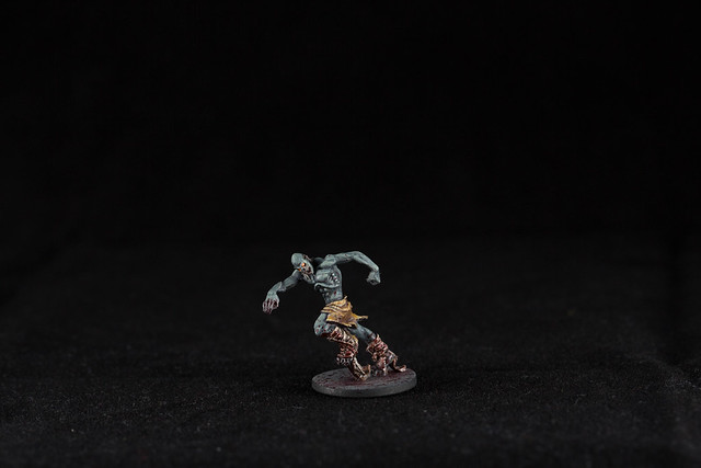 ZOMBICIDE: Black Plague - Runner .001