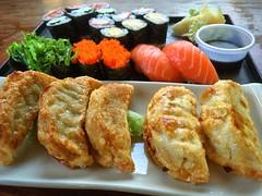 Sushi & Gyoza