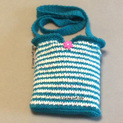Zee Gee Essentials Bag