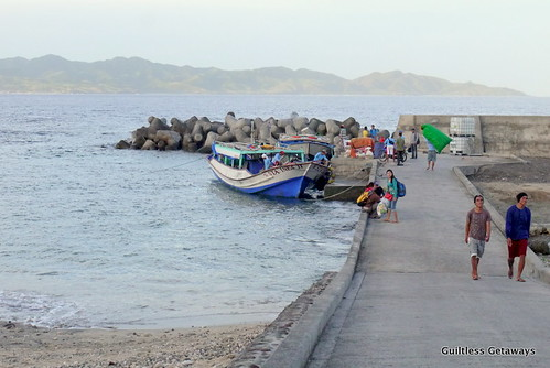 batanes-batan-sabtang-boat.jpg