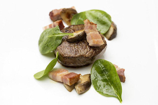 Fillet of beef with baby spinach and ceps © ROH Restaurants