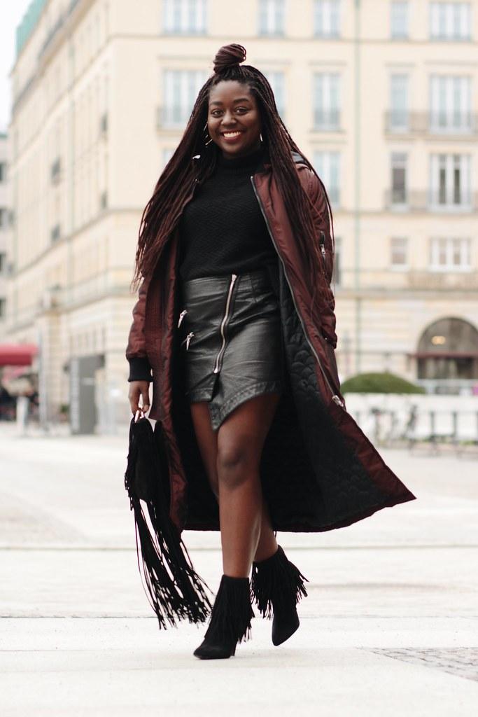 Lois Opoku bomber jacket Streetstyle fashion week lisforlois