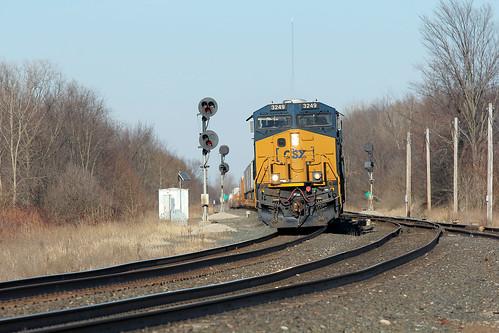 railroadtracks railroadsignals csx intermodaltrains csxtrains greenwichohio csx3249 csxgreenwichsubdivision csxintermodaltrains