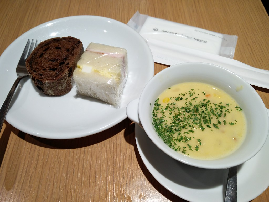 Corn soup and sandwich