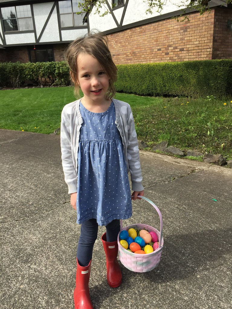 day before easter egg hunt