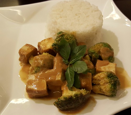 Breaded Broccoli and Tofu with Peanut Butter Sauce | Dinner at Koffie Pauze In Its New Home at Roxas Avenue Dormitory - DavaoFoodTrips.com