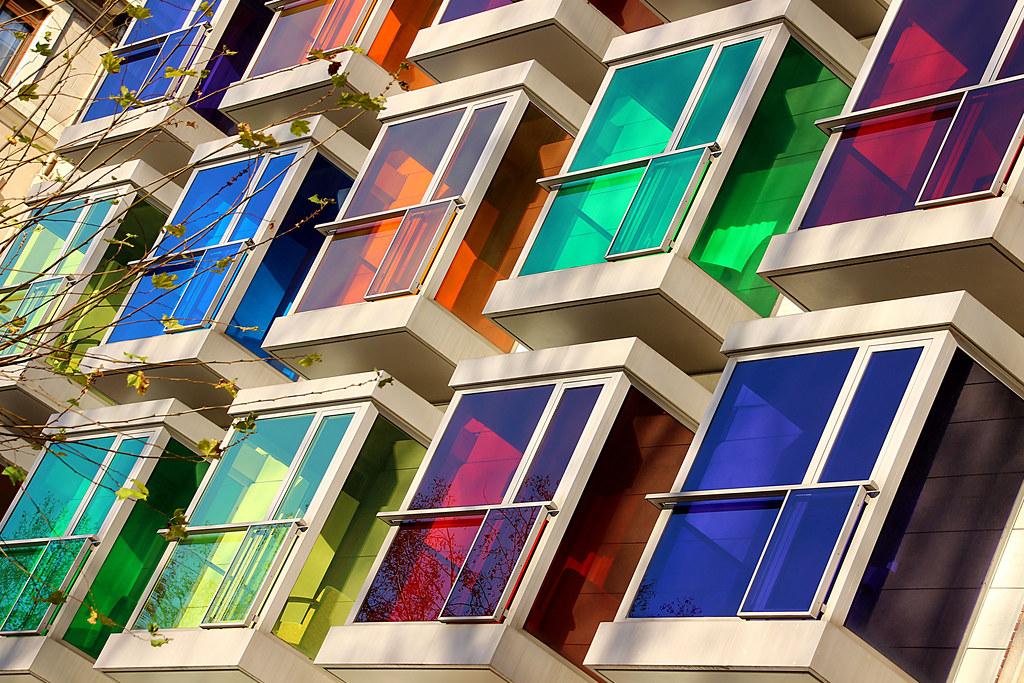 fachada arcoiris - rainbow facade
