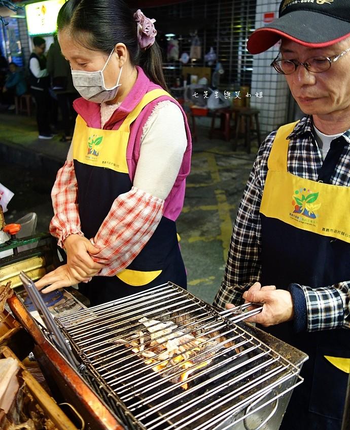 32 嘉義文化路夜市必吃 阿娥豆花、方櫃仔滷味、霞火雞肉飯、銀行前古早味烤魷魚