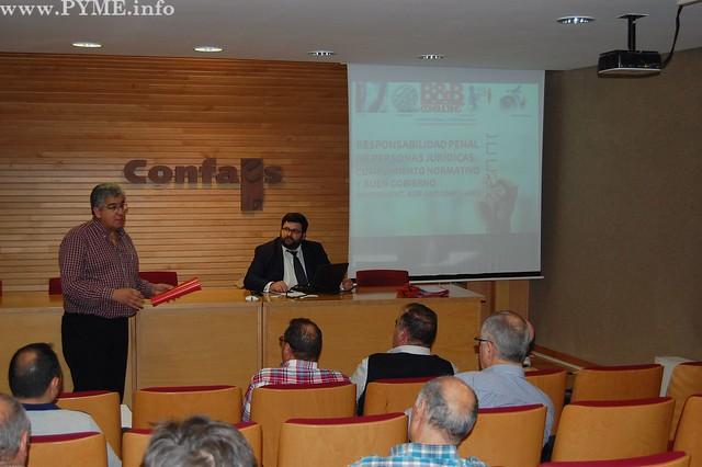 El vicepresidente de CONFAES y presidente de AESLUX, José Luis Sánchez Iglesias inaugura la jornada