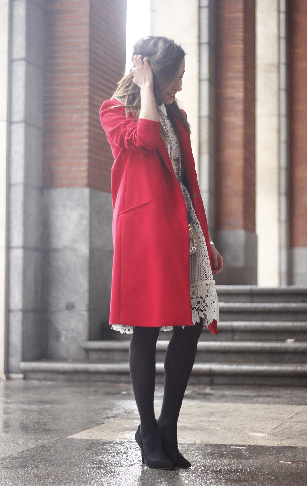 white lace dress with red coat uterqüe bag outfit style09