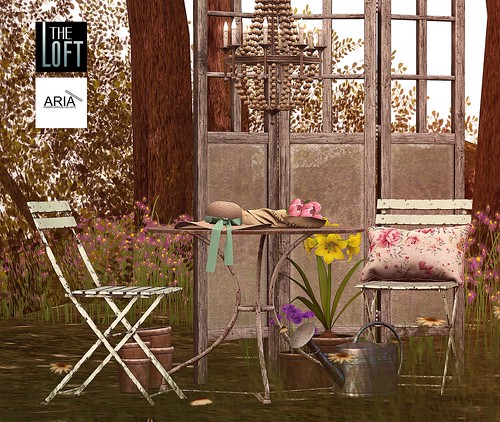 The Loft & ARIA - Winslow Garden Vignette