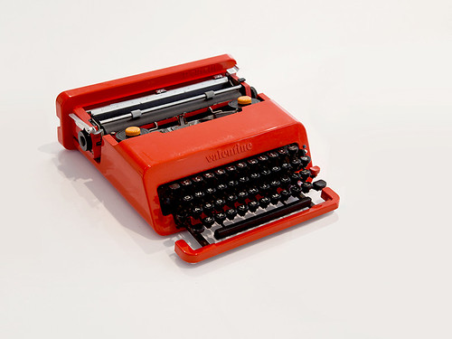 Ettore Sottsass and Perry KingÔÇÖs Valentine typewriter for Olivetti