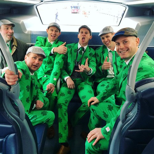 These lads are spreading the #Irish spirit from #Killarney to #Edinburgh. A lively delight on our flight and bus. @antobutch was grand to meet you! #stpatricksday #green