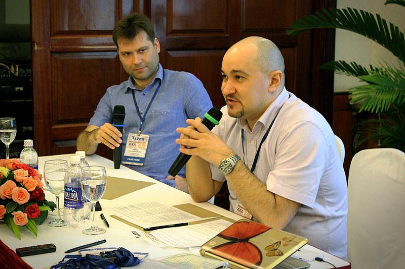Ведущие круглого стола: Игорь Диденко, Сергей Гаврилов