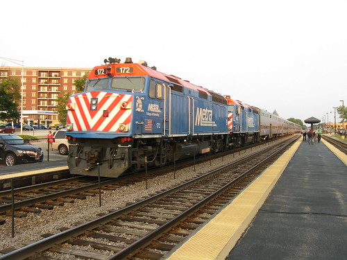 Metra 172 & 135 Arlington Heights