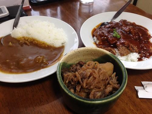 hiroshima-kure-iseya-curry-katsudon-nikujaga