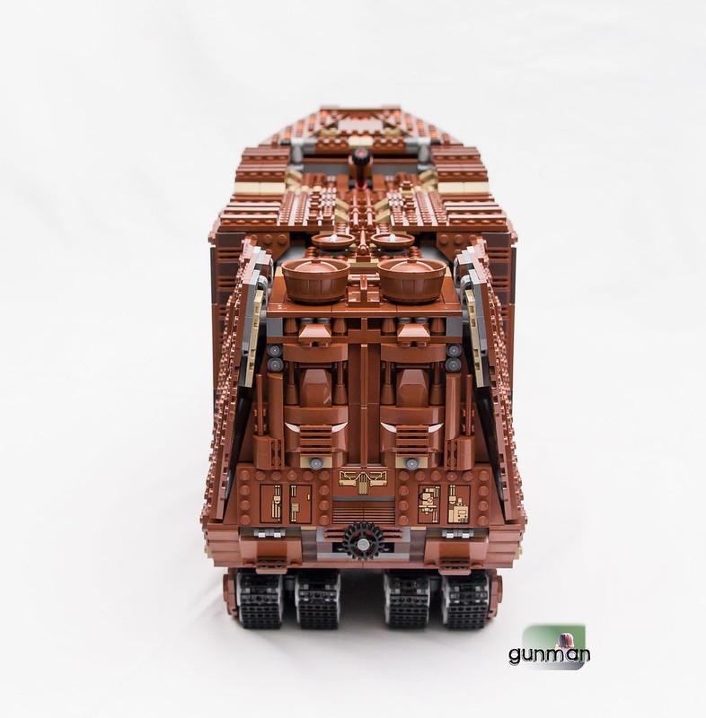 ThebrickReview:LEGO 75059-1 UCS Sandcrawler 23652755844_884eac71d9_c